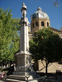 Tuscarawas County Courthouse Civil War Monument