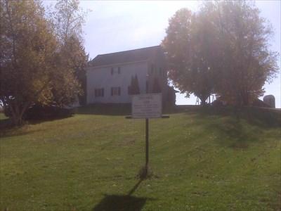 The Schmidt Farm Driveway