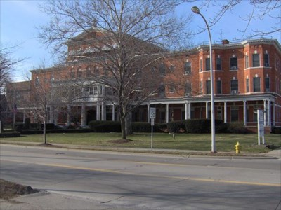 Saint joseph sanitarium and bath house michigan for Bath house michigan