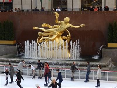 Great Fortune: The Epic of Rockefeller Center - New York City