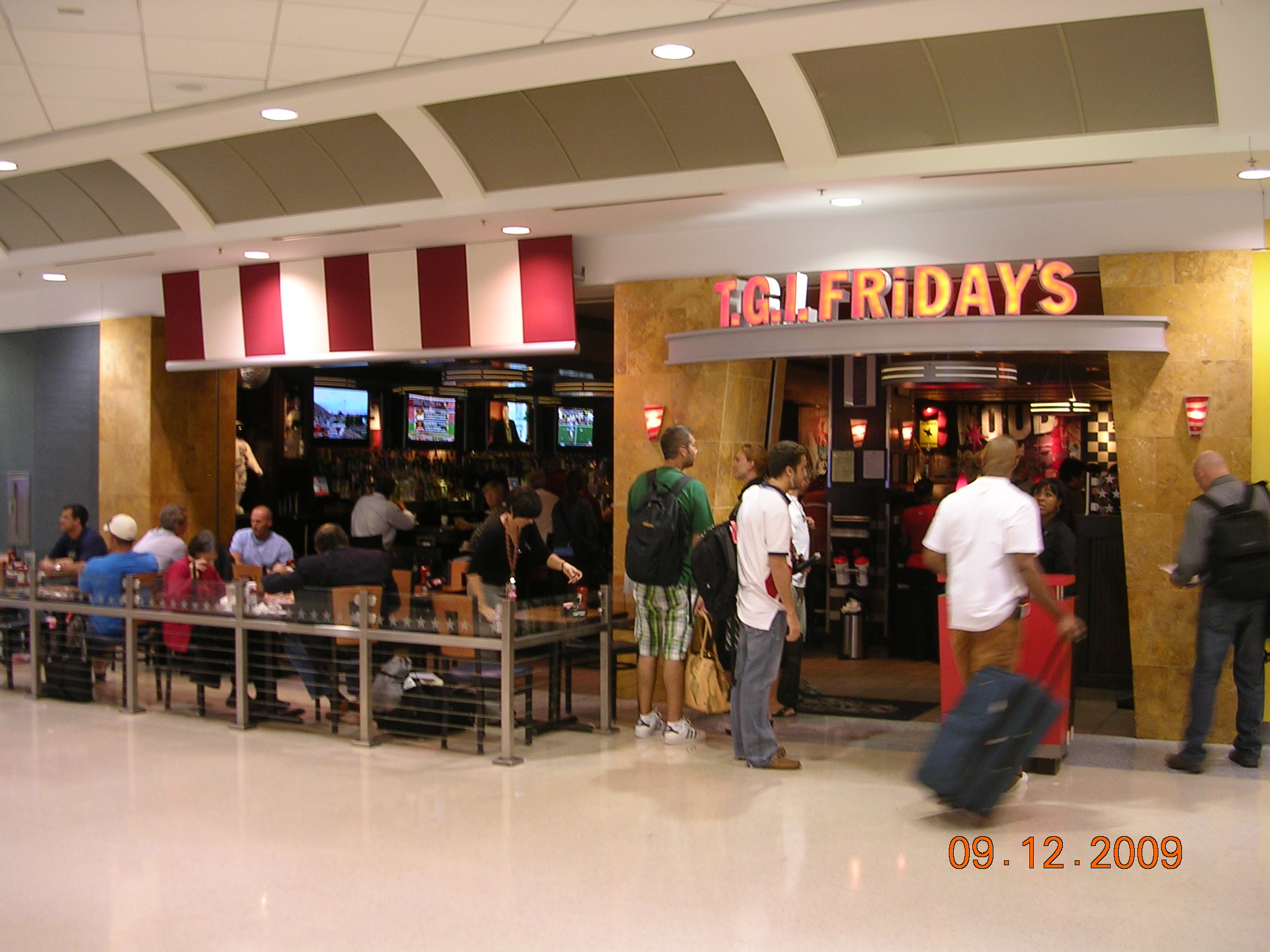 TGI Fridays has been living the weekend since its doors opened in Today, there are over restaurants in 60 countries offering delicious food and legendary drinks, all served in the spirit of Friday/5(5).