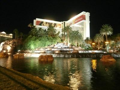The Mirage Waterfall - Las Vegas