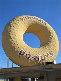 Kindle's Donuts, back view, Los Angeles, California
