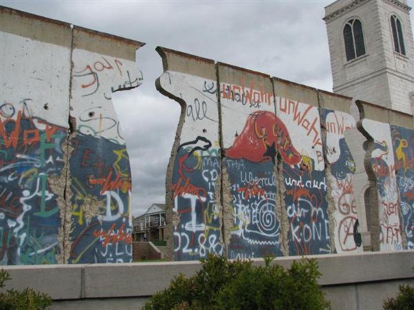 Berlin Wall Graffiti - Fulton, Missouri - Graffiti on Waymarking.com