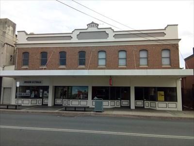 Full building view, of Mission Australia. 1557, Saturday, 29 December, 2018