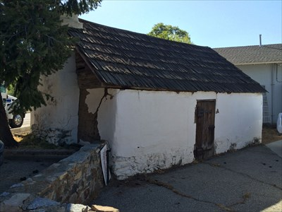 Here is the south side of the Glennville Adobe.