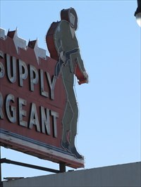 Supply Sergeant, Los Angeles, Pane 2