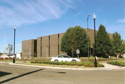 Benton County Courthouse ~ Camden, TN - Courthouses on