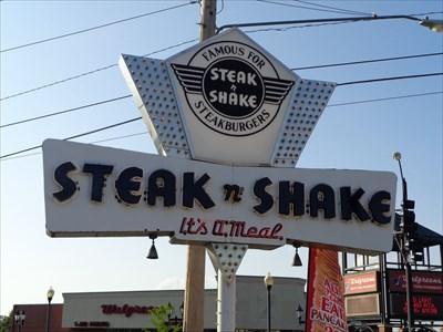 Historic Route 66 Retro Steak N Shake Springfield Missouri Usa