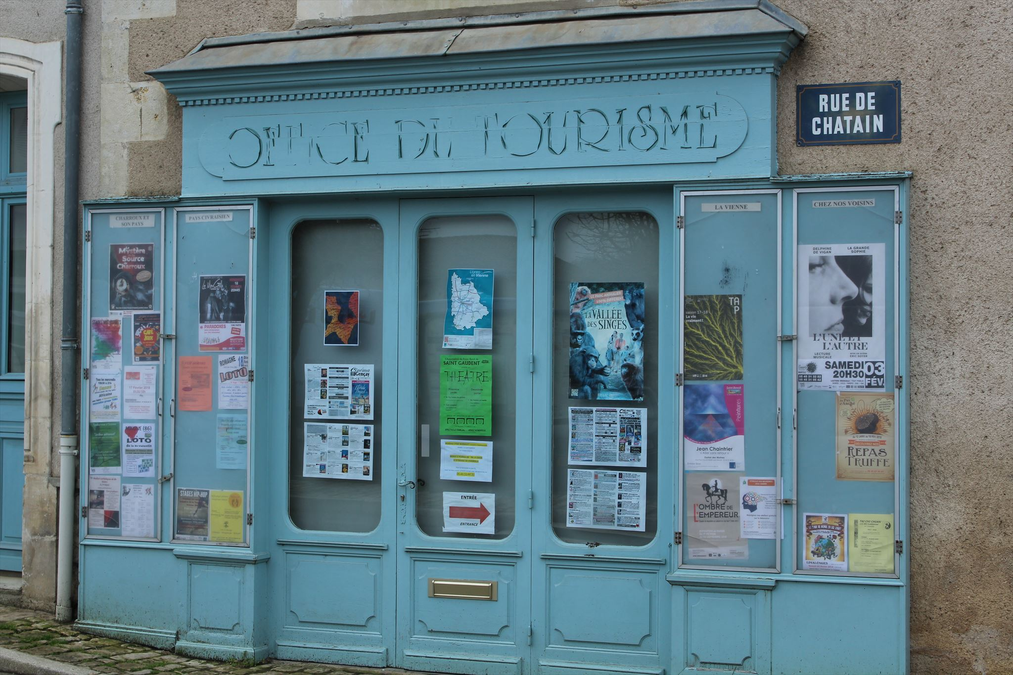 Office du tourisme charroux france tourist information centers visitor centers on - Office du tourisme d aubenas ...