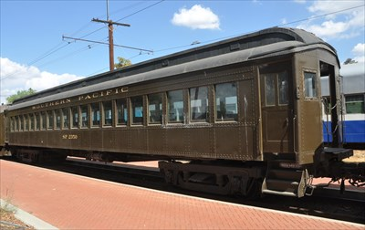 southern pacific 39 suburban 39 passenger coach 2350 static train cars on. Black Bedroom Furniture Sets. Home Design Ideas