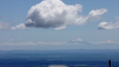 it is possible to see mount taranaki from afar