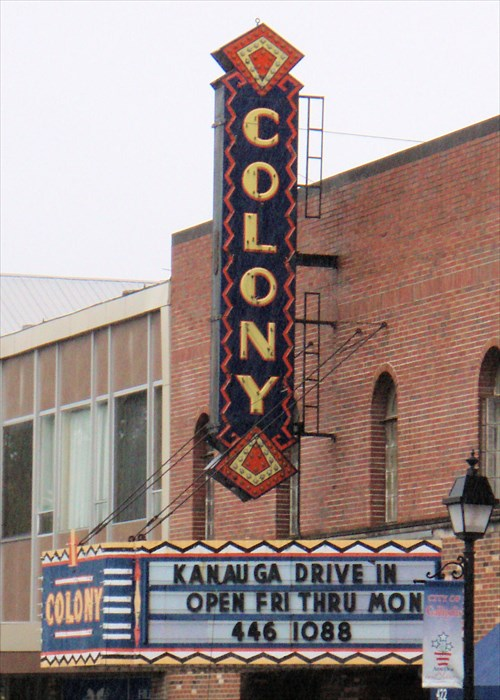 Gallipolis (OH) United States  city pictures gallery : Old Colony Theater Marquee Gallipolis, OH Neon Signs on Waymarking ...
