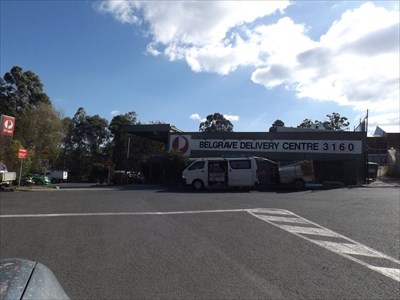 Uncropped photo of the Delivery Centre, just off of Monbulk Rd.