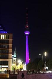 Source:http://andberlin.com/wp-content/uploads/2012/10/fernsehturm-festival-of-lights.jpg