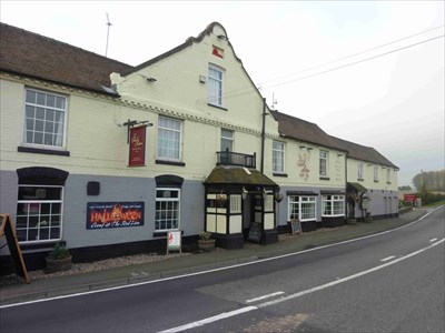 The Red Lion, Holt Heath, Worcestershire, England - Pubs and