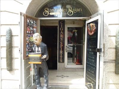 Stanza Dei Sigari Boston : Big cigar at stanza dei sigari cigar bar boston ma