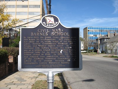 Historical marker with information about the house.