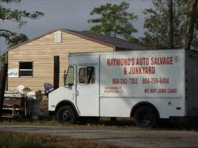 raymond 39 s auto salvage junkyard atlantic beach fl automobile salvage yards on. Black Bedroom Furniture Sets. Home Design Ideas