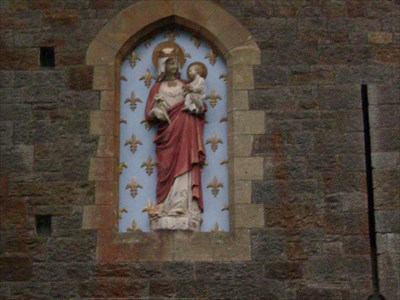 Madonna and Child - Castell Coch