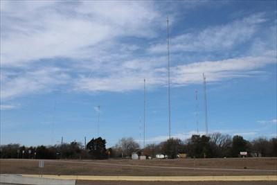 Cedar Hill Tower Farm -- Cedar Hill TX USA - Radio and