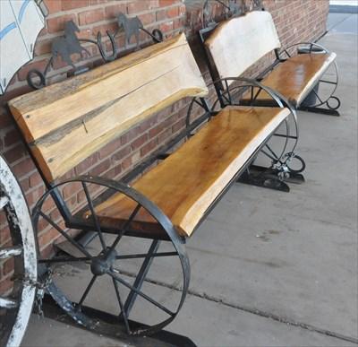 Wagon Wheel Bench 1 Artistic Seating On