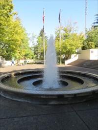 Centennial Fountain, Springfield, Oregon