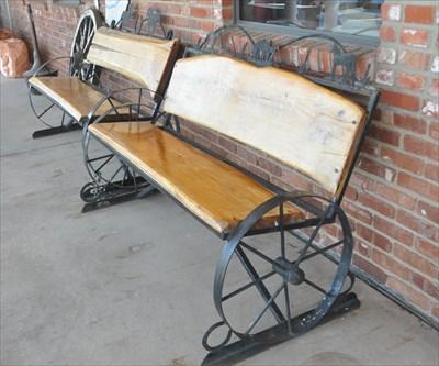 Wagon Wheel Bench 2 Artistic Seating On