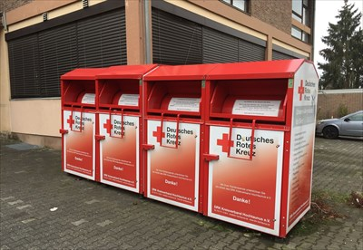 altkleidercontainer bad homburg germany permanent charity donation locations on. Black Bedroom Furniture Sets. Home Design Ideas