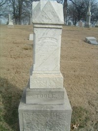 Phelim O'Toole's grave is located in Calvary Cemetery at N38 42.120 W090 13.981.