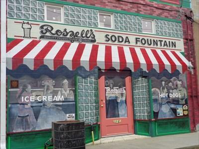 veritas vita visited Roszell's Soda Fountain Mural