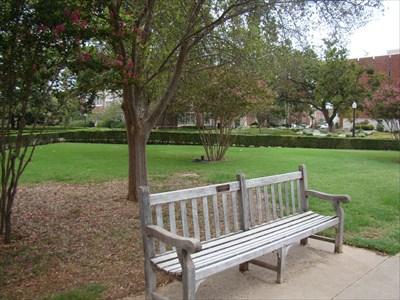 Salwa And Amos Massad Bench   University Of Oklahoma   Norman, OK    Dedicated Benches On Waymarking.com