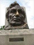 Image for Abraham Lincoln's Tomb: Lincoln Head - Oak Ridge Cemetery, Springfield, IL