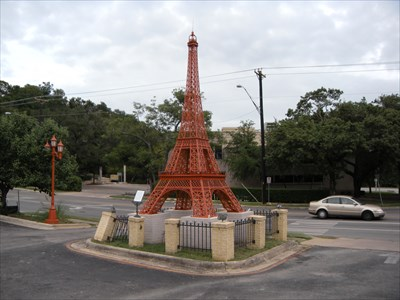 The most legit eiffel tower replicas you didn 39 t know existed for Fish fry paris tx
