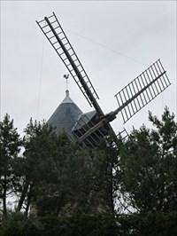 Windmill in Gatteville.