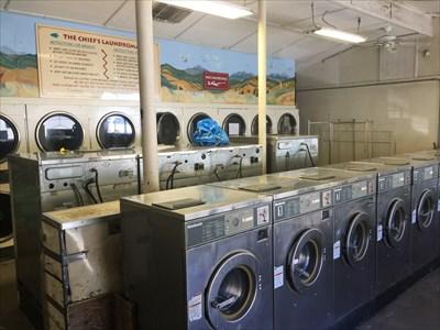 Laundromat, Laytonville, California