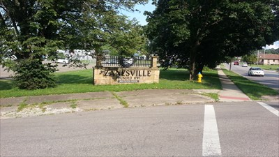 Zanesville sign near Gant Park