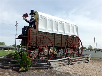 Historic Route 66 - Worlds Largest Covered Wagon