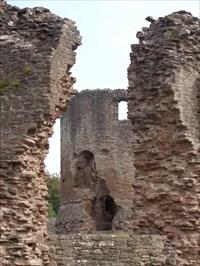 veritas vita visited Skenfrith Castle - Ruin - Abergavenny, Gwent, Wales.