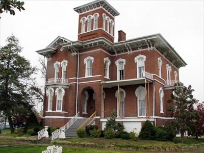Magnolia Manor Cairo Illinois U S National Register