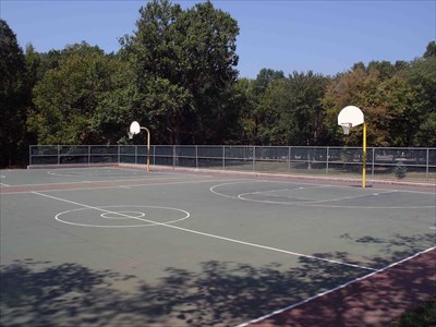 Basketball Roosevelt Park Edison Nj Outdoor Basketball Courts On Waymarking Com