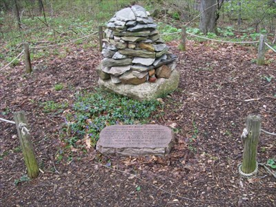 Gospel Hill Cairn & Plaque