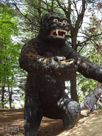 King Kong rampages through the land time forgot ready to snatch up visitors with his hand.