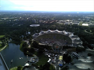 Das Olympiastadion von der ersten Aussichtsplattform aus gesehen