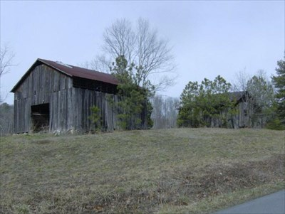 Notice the edge of the road in the right hand bottom corner. This barn is very close.
