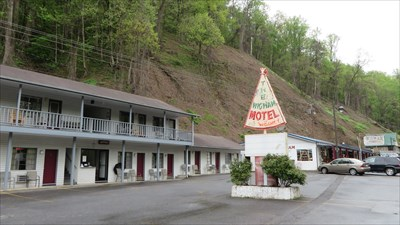Wigwam Motel - Cherokee