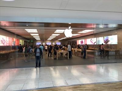 Apple Festival Place - Basingstoke, UK - Apple Stores on Waymarking com
