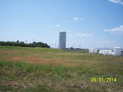 Monett South Water Tank, by MountainWoods