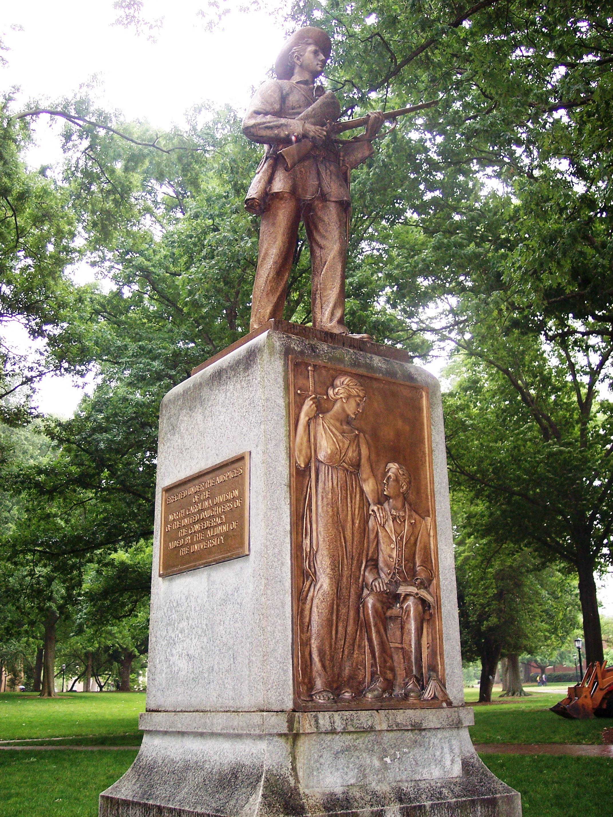 unc silent sam Silent sam, the campus monument to soldiers who died fighting for the confederacy, has caught lightning for the university over racial grievances for decades.