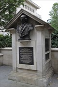 Image for ADM Arthur Phillip RN Memorial -- Watling Street, St Paul's Churchyard, London, UK